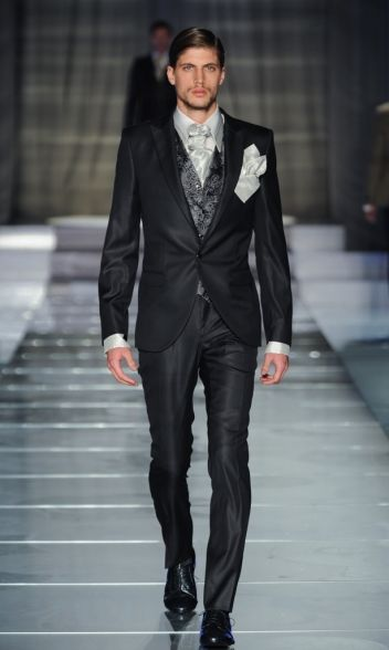 Cleofe Finati by Archetipo 2015 Fashion Show - 100% Made in Italy Men's Formal…