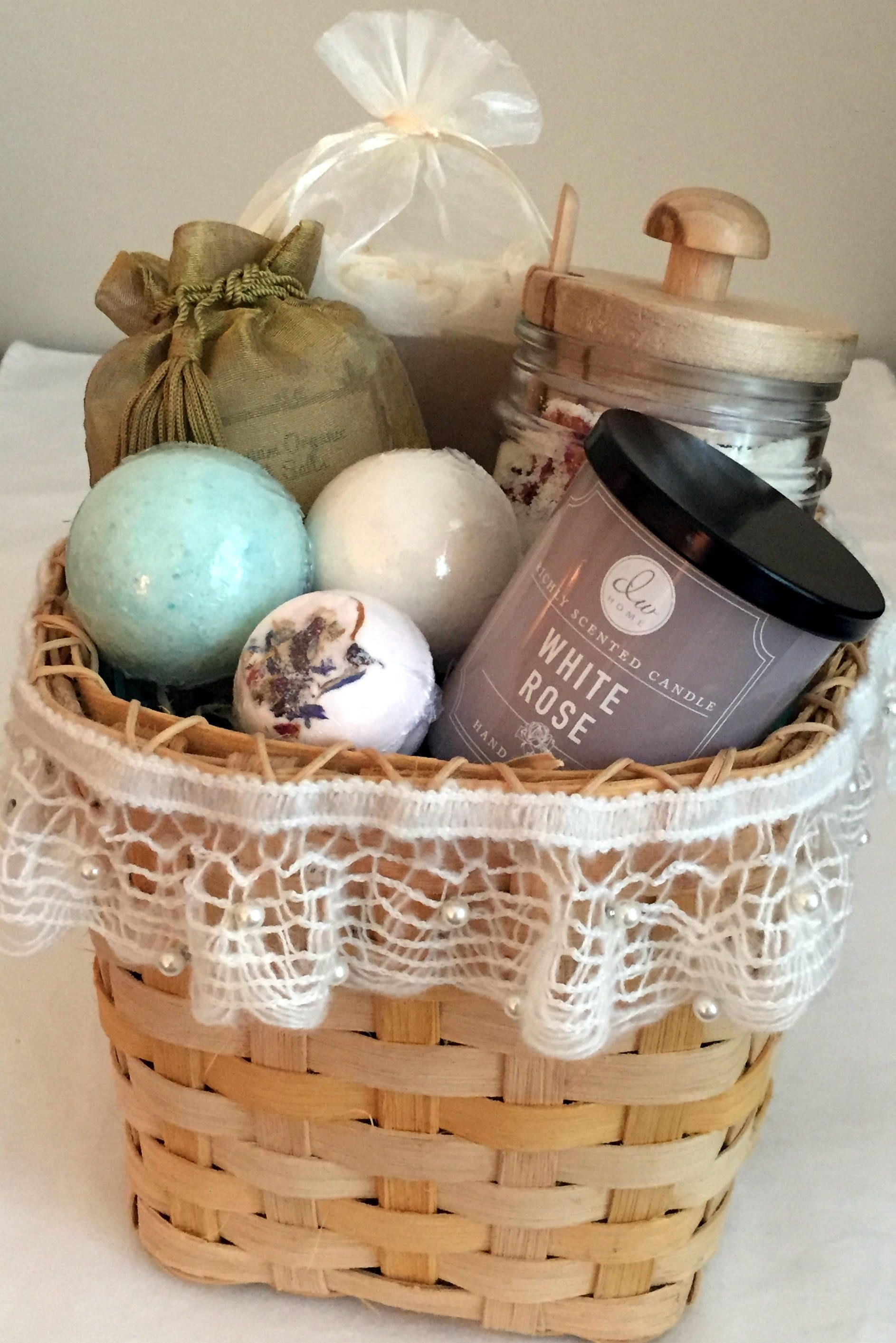 Spa gift setmothers day gift basketmothers daygifts for mom spa gift setmothers day gift basketmothers daygifts for mombath bombsrose milk bathgift set for womengift wrappedgift basket moms negle Choice Image