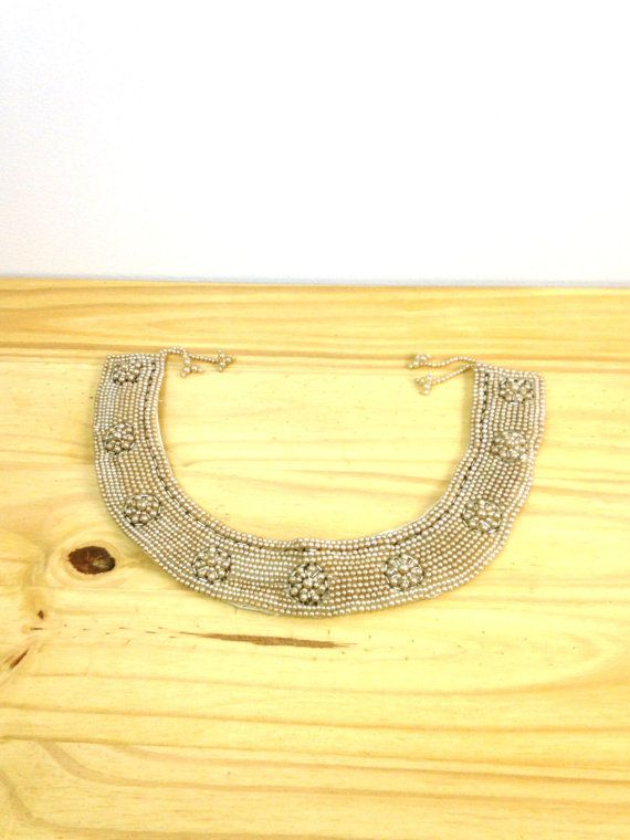 Vintage Pearl Collar Necklace / Imitation Pearl by VintageEdition