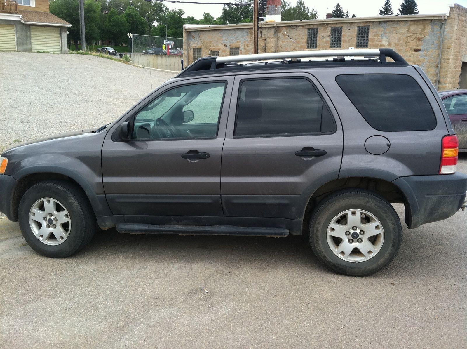 Ford escape compact sports utiltity suv vehicle