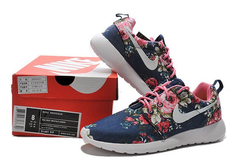 Nike Femmes Chaussures Roshe Course Dessin Animé En Noir Et Blanc jeu exclusif original dédouanement bas prix achat de dédouanement sites de sortie QwcKu