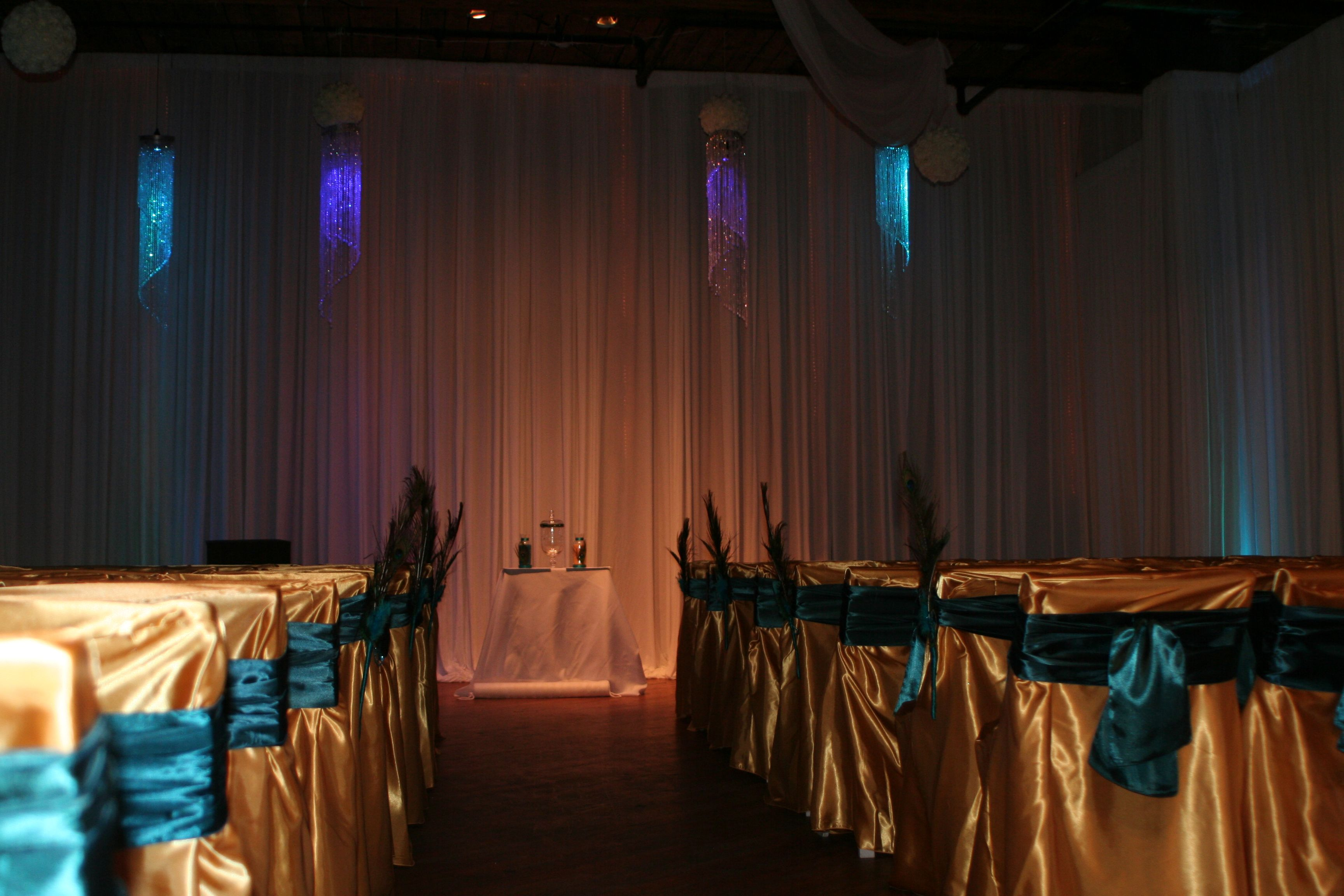 Ceremony with led chandeliers.