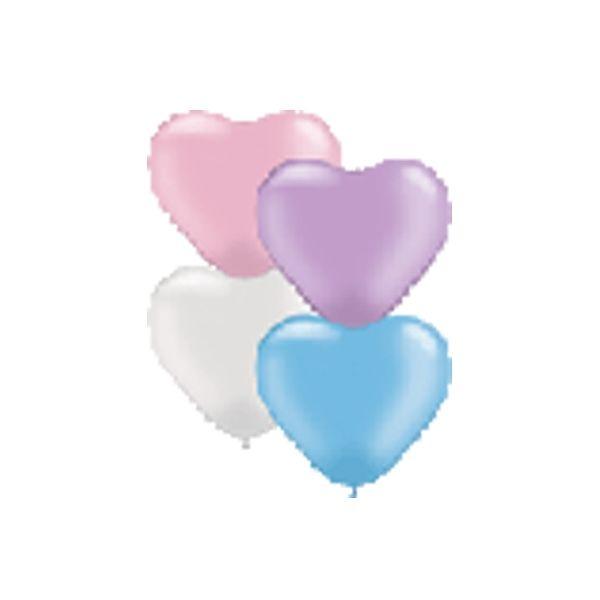 Luftballons in Herzform und Pastelltönen für die Hochzeitsdekoration.