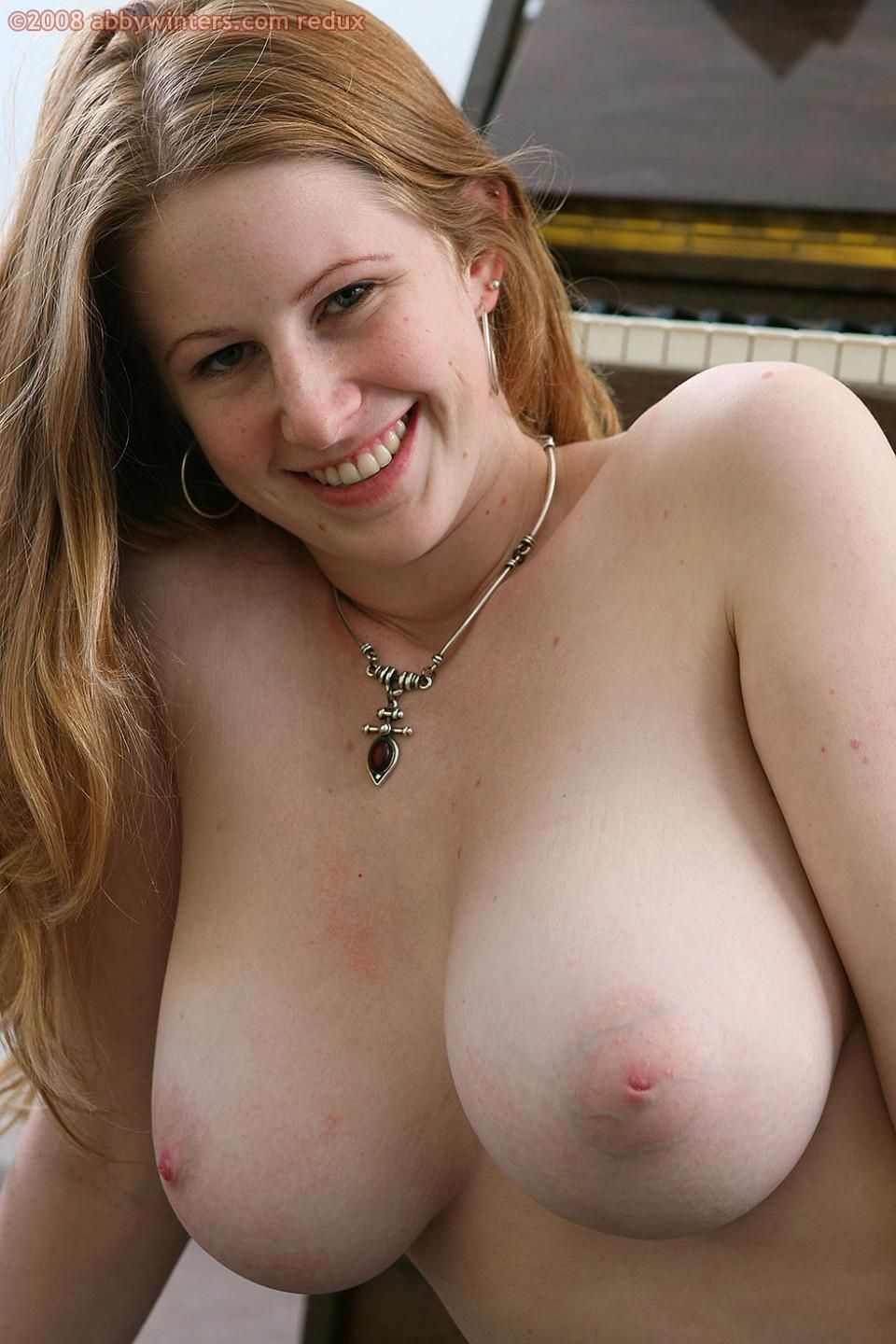 Redhead Milf On Juicyboobs