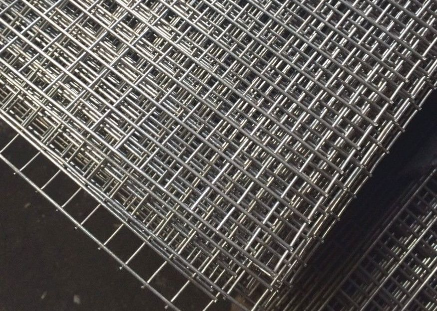 Stainless Steel Welded Wire Mesh Sheet 8ftx4ft 1 2 Inch 12 5mm Mesh In 2020 Stainless Steel Welding Wire Mesh Mesh