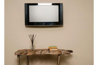 How To Hang Heavy Objects On Plaster Walls Wall Mounted Tv Hanging Tv On Wall Plaster Walls