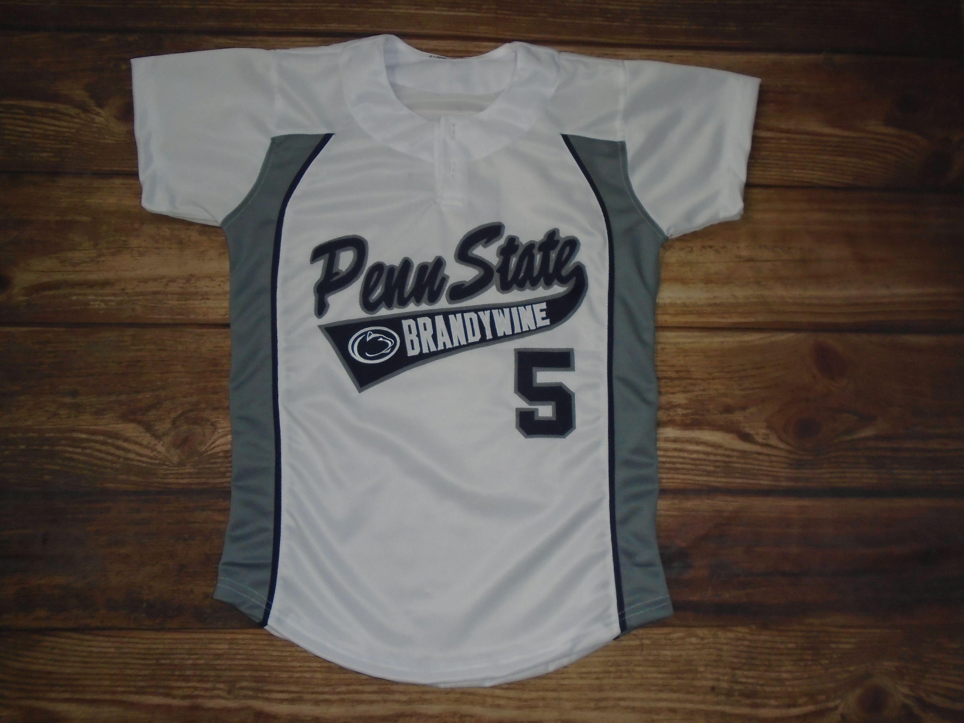 Penn State Brandywine Softball Designed These Custom Jerseys And C M Sporting Goods In Havertown Pa Created Them For T Custom Uniform Custom Jerseys Mens Tops