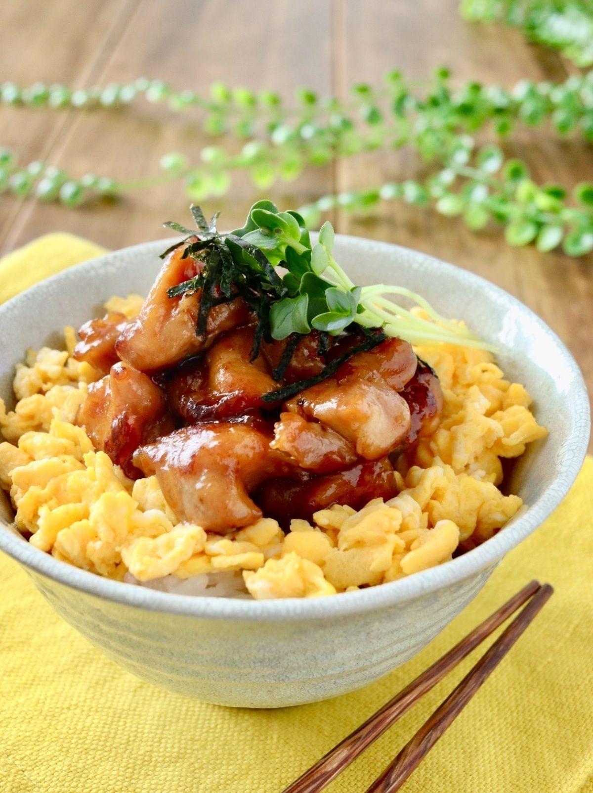 鶏照り焼き丼 焼き鳥丼 レシピ レシピ 鶏肉 丼 レシピ 丼