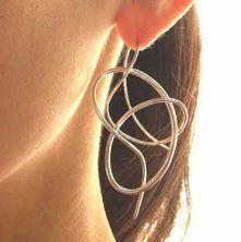 Secret Life of Jewelry - A Universe of Handcrafted Art to Wear: Curves Galore - YUKI KAMIYA Jewelry