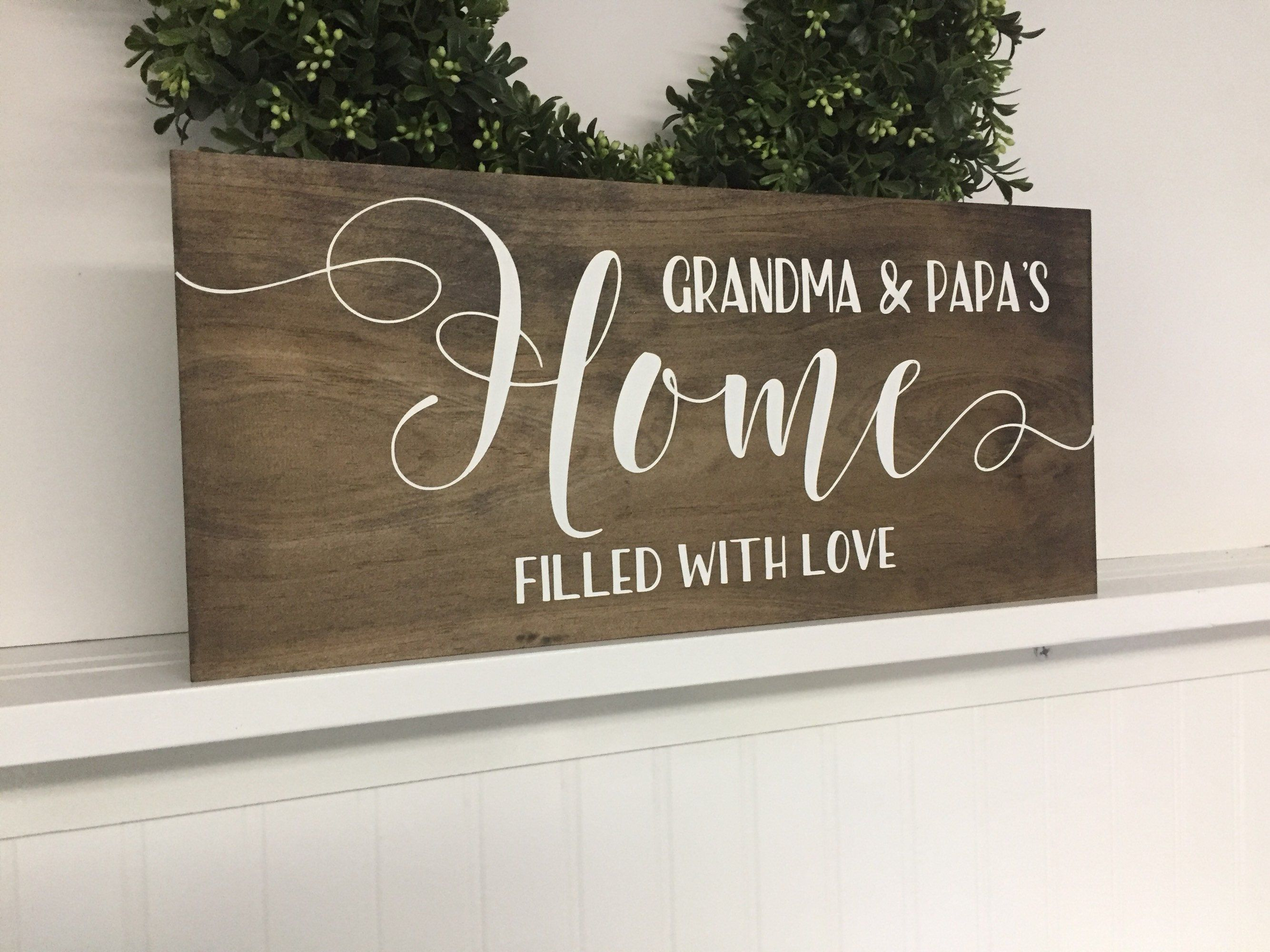 Grandma and Grandpa name wood sign, Christmas Gift for Grandparents, new grandma gift, pregnancy announcement for new grandparents #bestgiftsforgrandparents