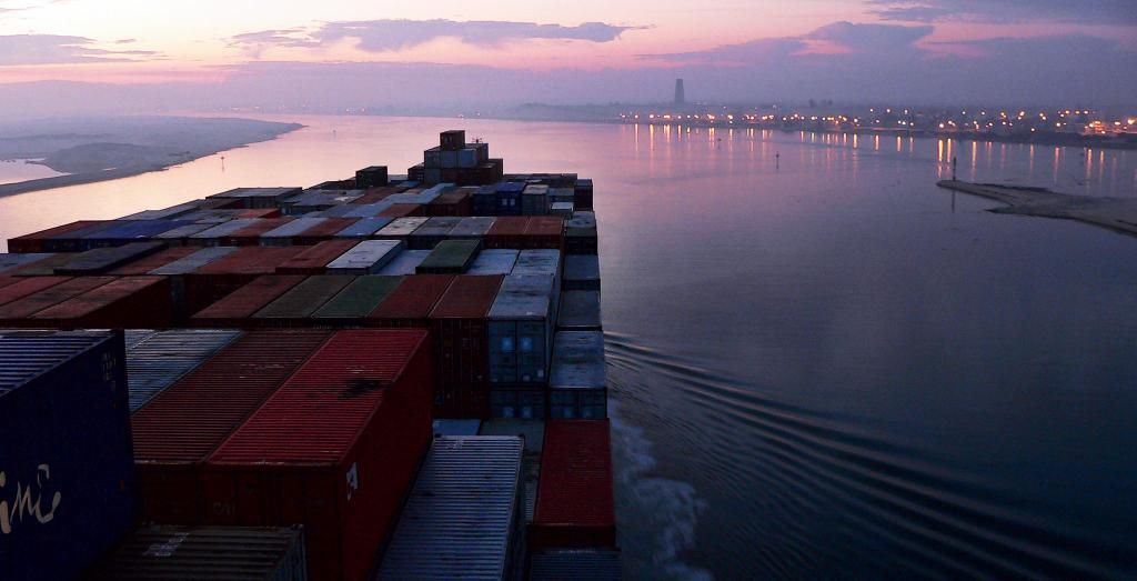 See how @MaerskLine is combating corruption on the Suez Canal route: http://mrsk.co/1tOFaoQ
