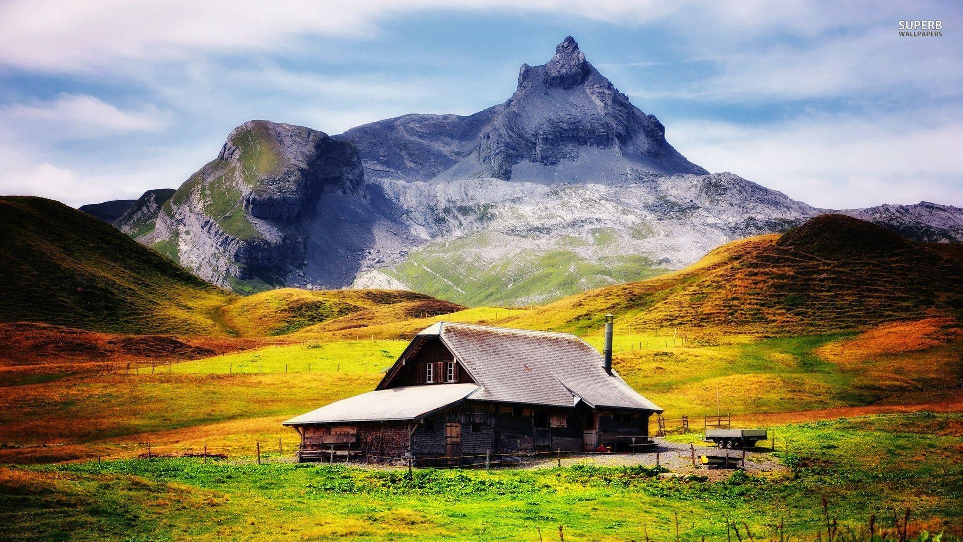 Kućice na  vrhu planine B5ed595c53f01bef1c4f11c85d8522d7