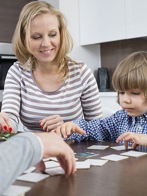 PsychCentral : RT PsychCentralPro: Ever been tempted to let a kid win when playing? New st https://t.co/XBoISz1tSy) https://t.co/EVQ89mAQ4G