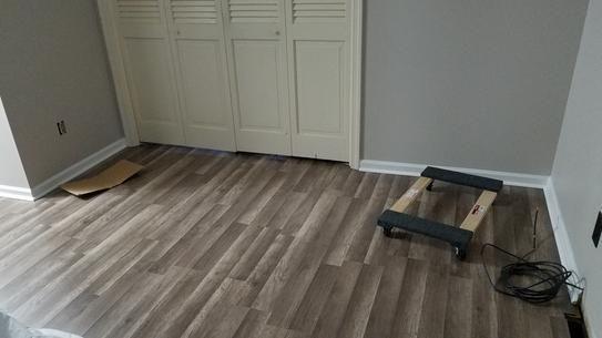 Grey Oak Laminate Flooring, Trafficmaster 7mm Laminate Flooring