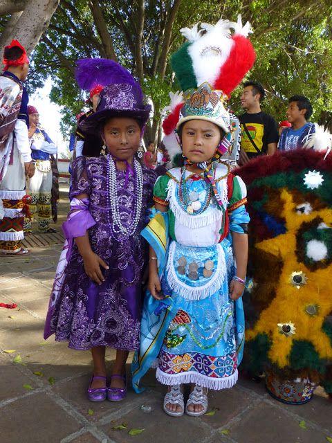 Oaxaca-The Year After: It begins - Teotitlan del Valle