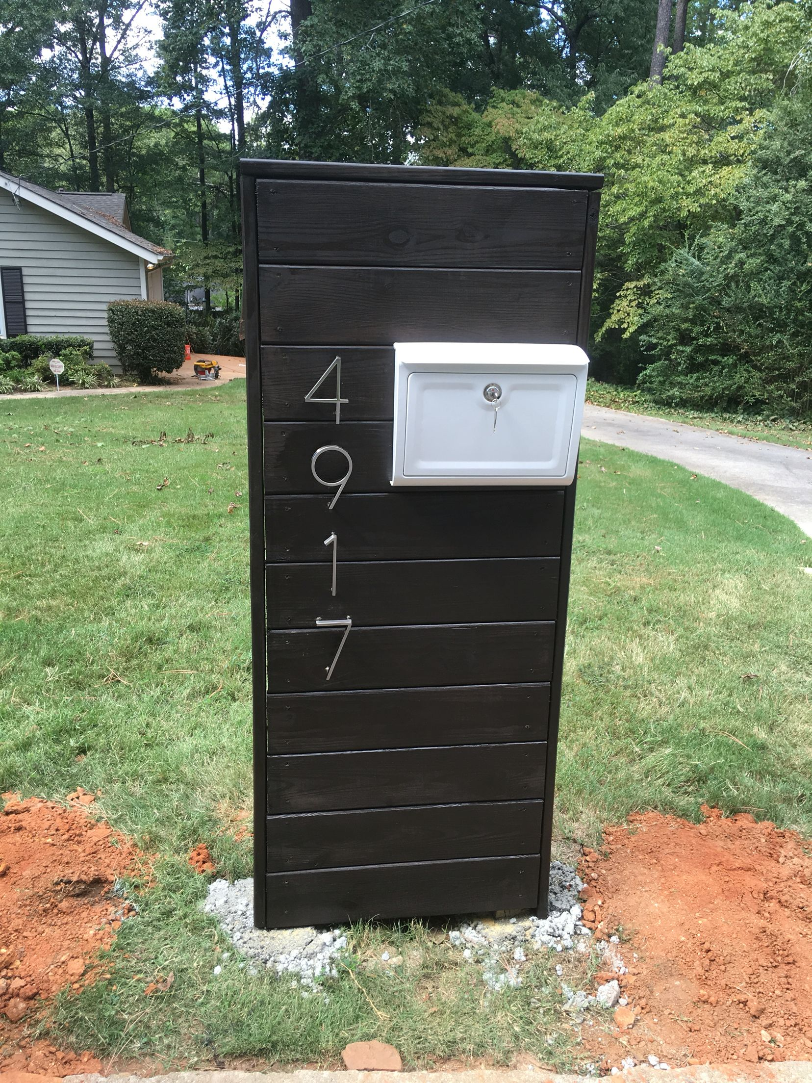 Modern Mail Box Modern Mailbox Diy Mailbox Home Mailboxes
