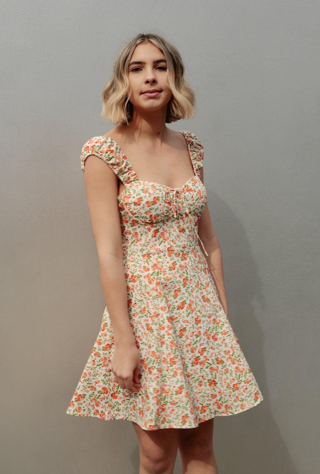 Floral Sweetheart Dress Azalea Dresses Sweetheart Dress Sewing Dresses [ 1927 x 1300 Pixel ]