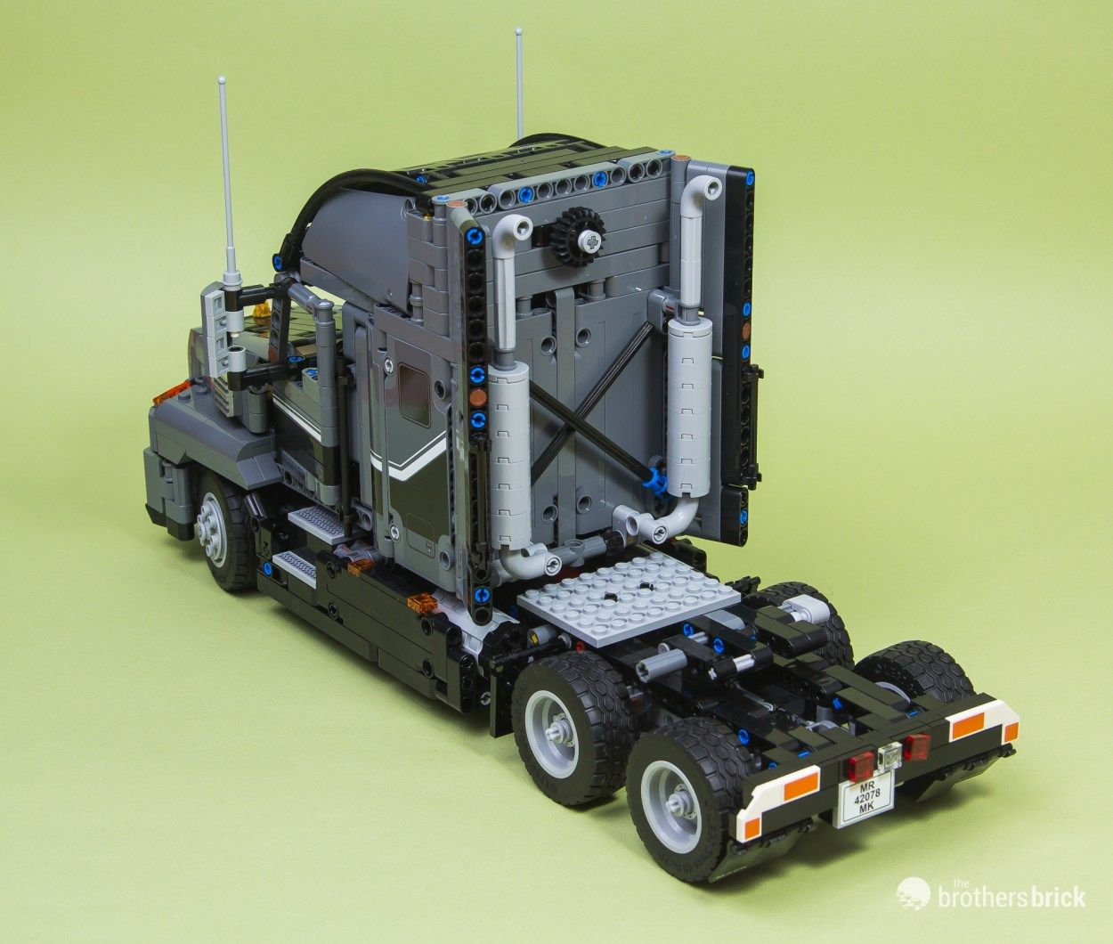 The Mack Anthem Semi Truck Roars To Life With Lego Technic Set 42078