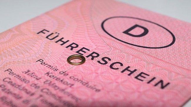 Umtauschpflicht Fuhrerschein Das Sollten Sie Wissen Fuhrerschein Fahrerlaubnis Fuhrerschein Deutschland