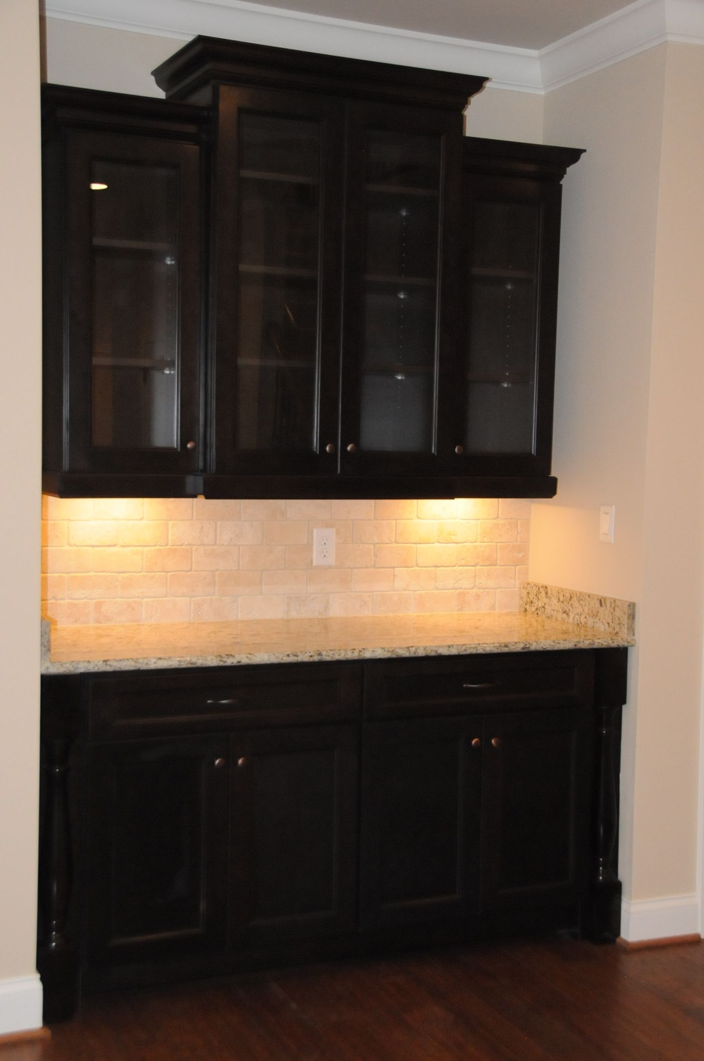 Built in bar/china cabinet | Built-Ins and Wall decor | Pinterest