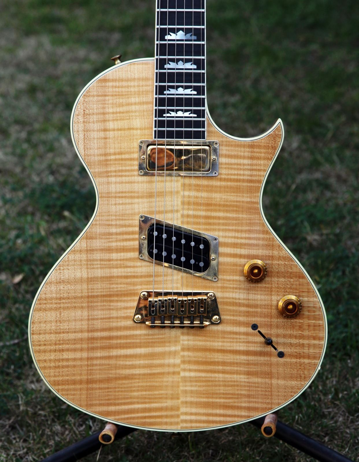 1997 Gibson Nighthawk Custom Cst Natural Flame 6 String Electric Epi Vs Selector Switch Mylespaulcom Guitar Usa