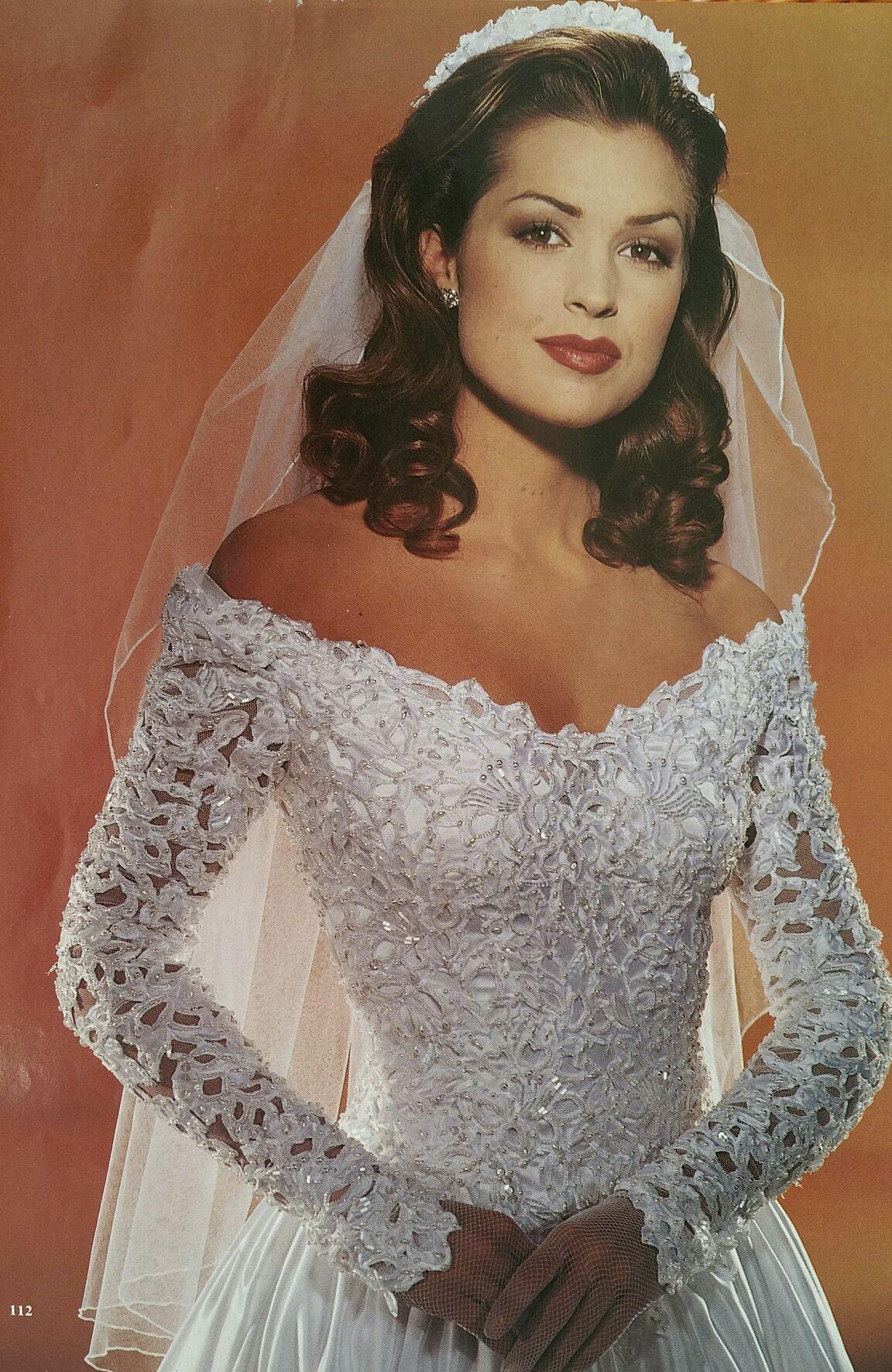 Pin by leslie fung on wedding dresses pinterest wedding dresses