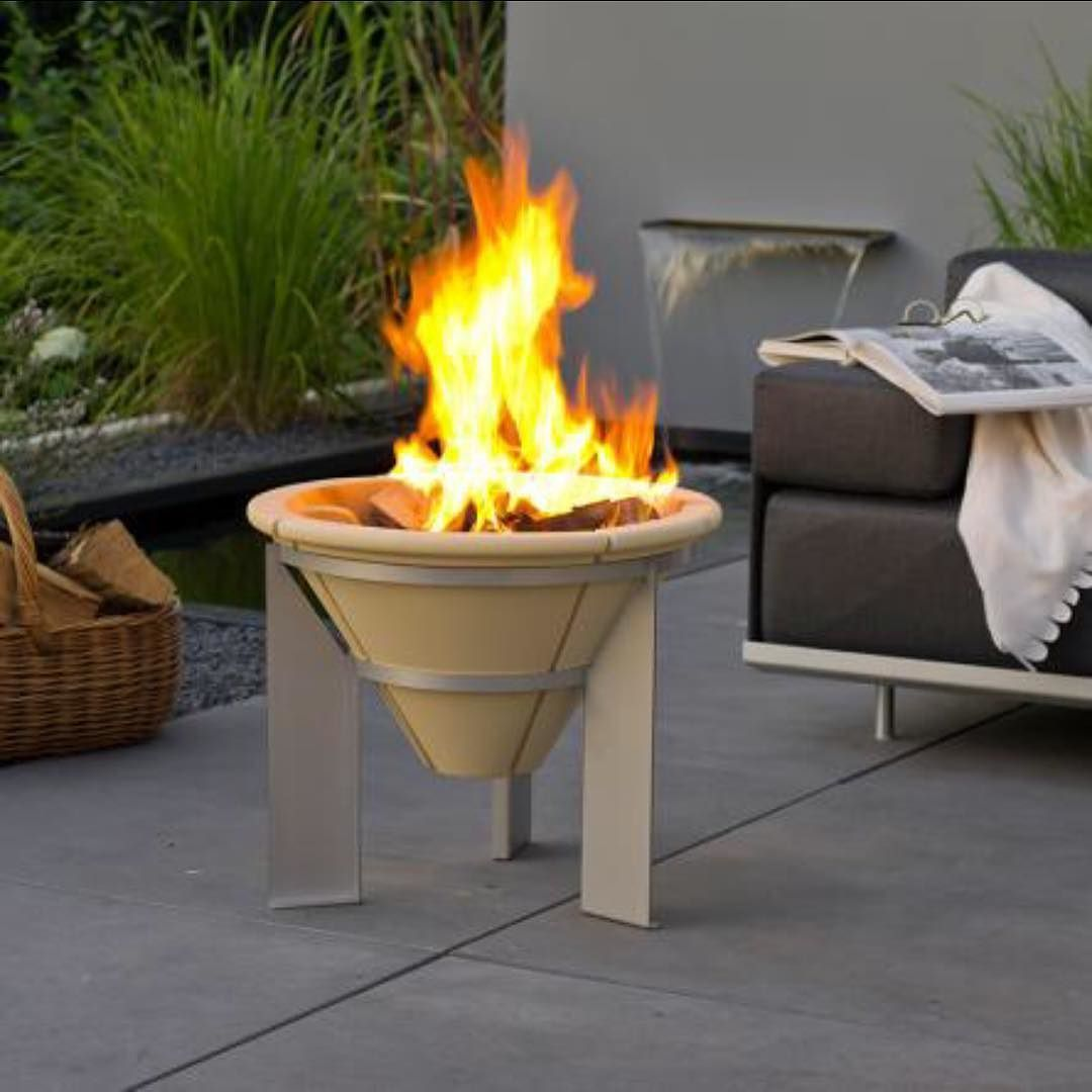Denk Feuerschale It's The Perfect Time Of The Year For An Outdoor Fire! We Are Loving These Fire Pits By @denkceramics All… | Brazier Fire, Garden Accessories, Buy Outdoor Furniture