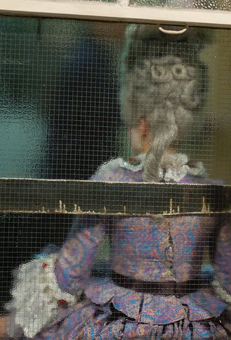confidanteukback.png 329×484 pixels