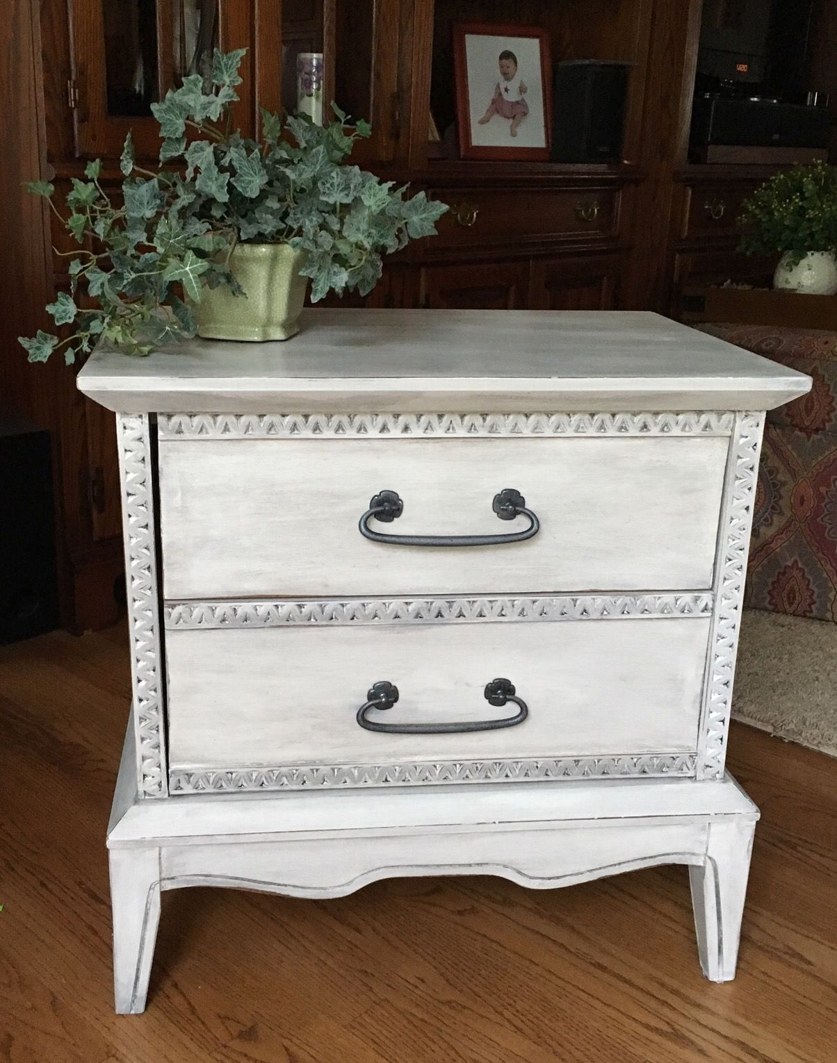 White Chalk Painted Chest Annie Sloan Pure White Painted Bedroom Furniture Chalk Paint Bedroom Furniture White Chalk Paint Furniture