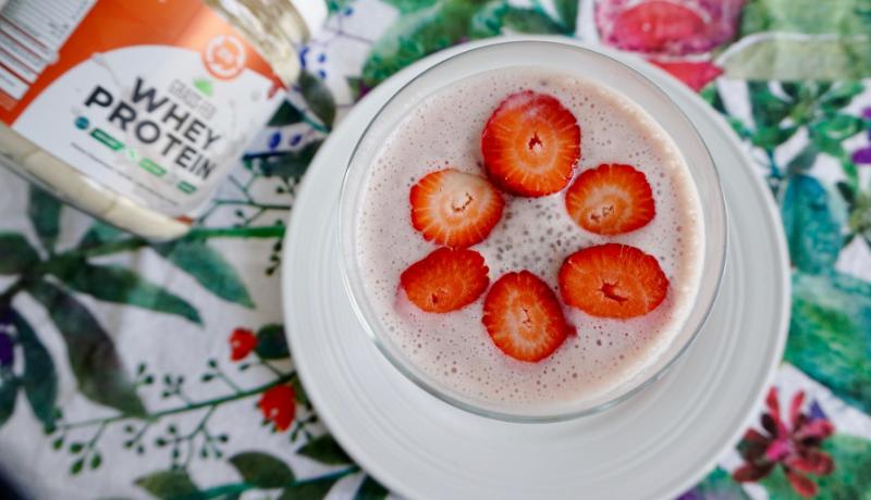 BN Recipes: Strawberry Protein Parfait #wheyproteinrecipes