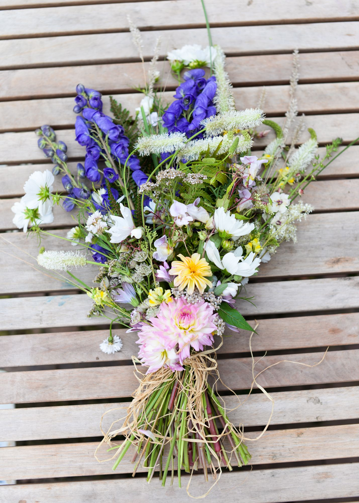 Daffodils bluebells funeral sheaf all british natural floral daffodils bluebells funeral sheaf all british natural floral tribute herefordshire natural funeral flowers worcestershire pinterest british flowers izmirmasajfo
