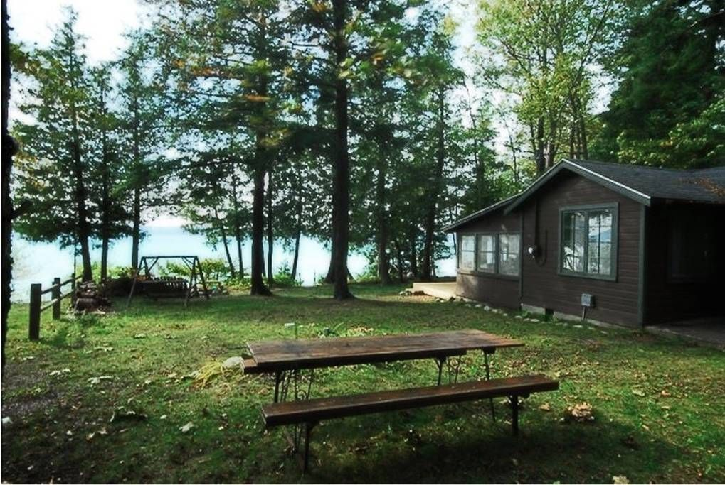 Old Style Small Family Cottage On Torch Lake Cabins For Rent In Bellaire Michigan United States Torch Lake Michigan Cottage Torch Lake Michigan