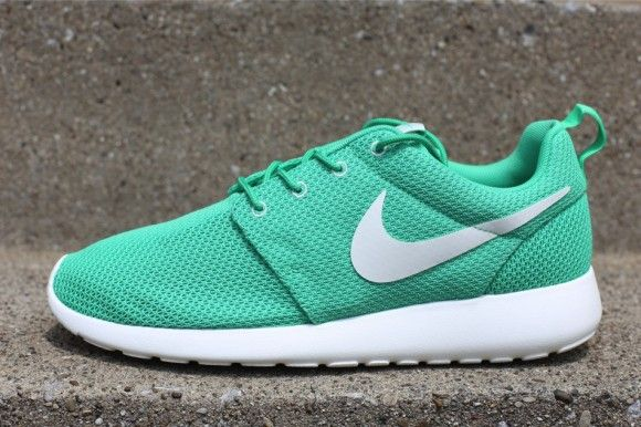 roshe runs green