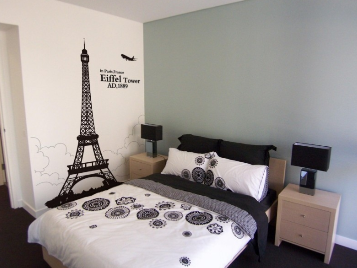 eiffel tower wall decal paris in your bedroom jinxy beauty - Eiffel Tower Decor For Bedroom