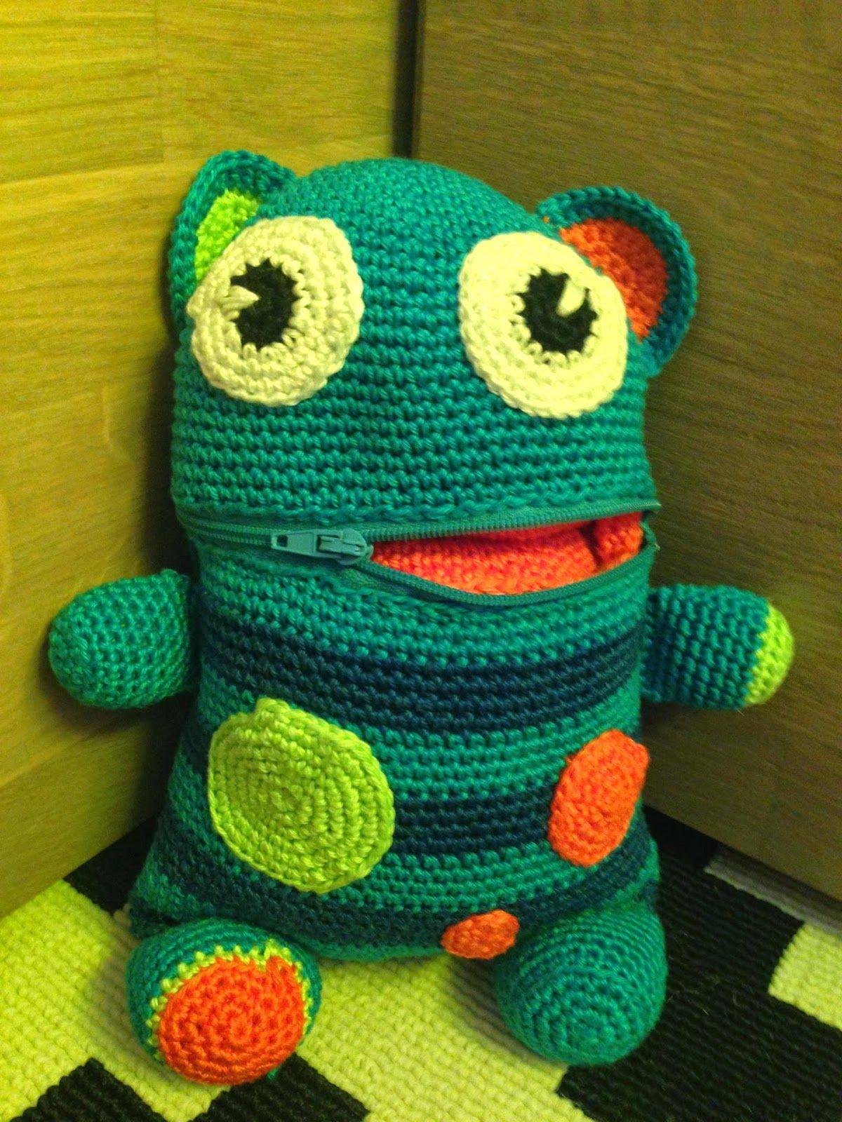 Handmade By Pol Zorgenvriendje Haken Oyuncaklar Croché