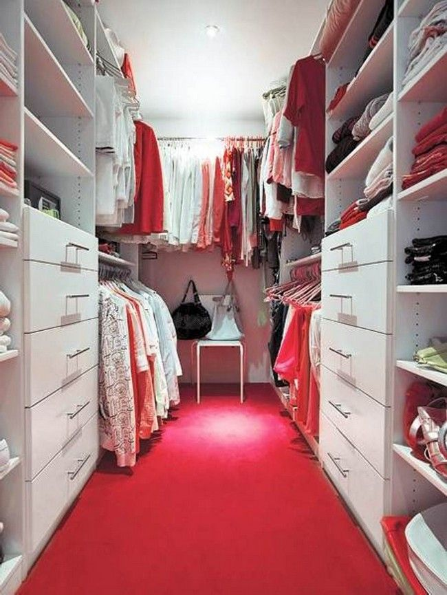 Even Though Walk In Closets Are Mainly Found Large Homes With A Lot Of Space Little Remodeling You Will Be Surprised That Can Create An