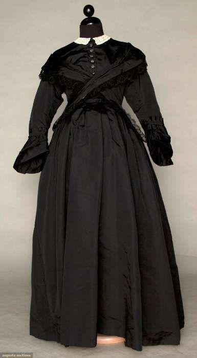 Maternity mourning dress, ca 1870