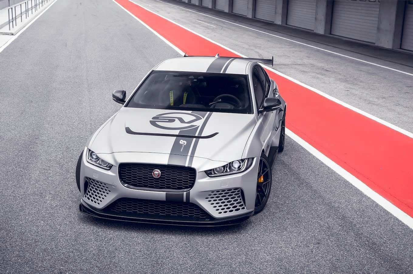 Base Price 37 000 56 000 Body Type Sedanunchanged The 592 Hp Xe Sv Project 8 Is The Fastest Pro Motor Trend Staff New Cars New Jaguar Jaguar Xe
