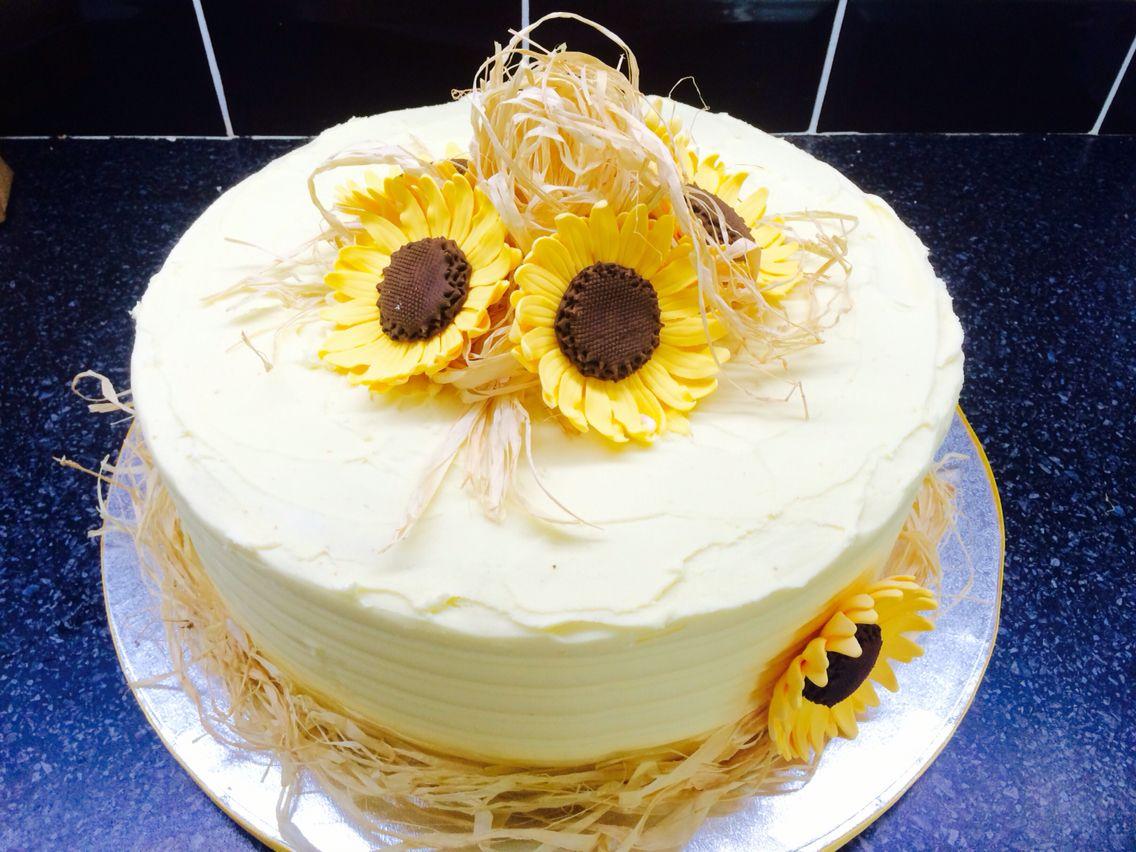 Sunflower single tier wedding cake … | Sunflowers in 2018…
