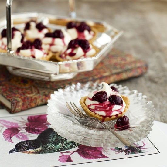 Rose-scented mascarpone and compote tartlets