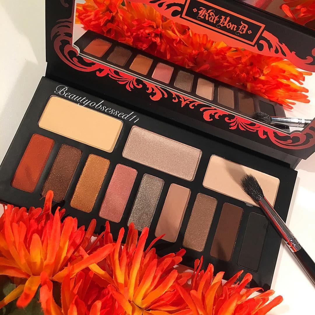 """pinterest: @jaidyngrace """"@katvondbeauty Monarch Palette!So pretty! #katvondbeauty #katvond #makeup…"""