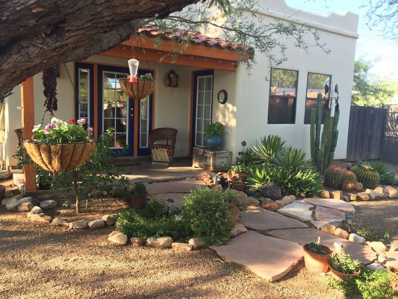 Private Southwestern Style Casita Houses For Rent In Tucson Renting A House Vacation Home Southwestern Style