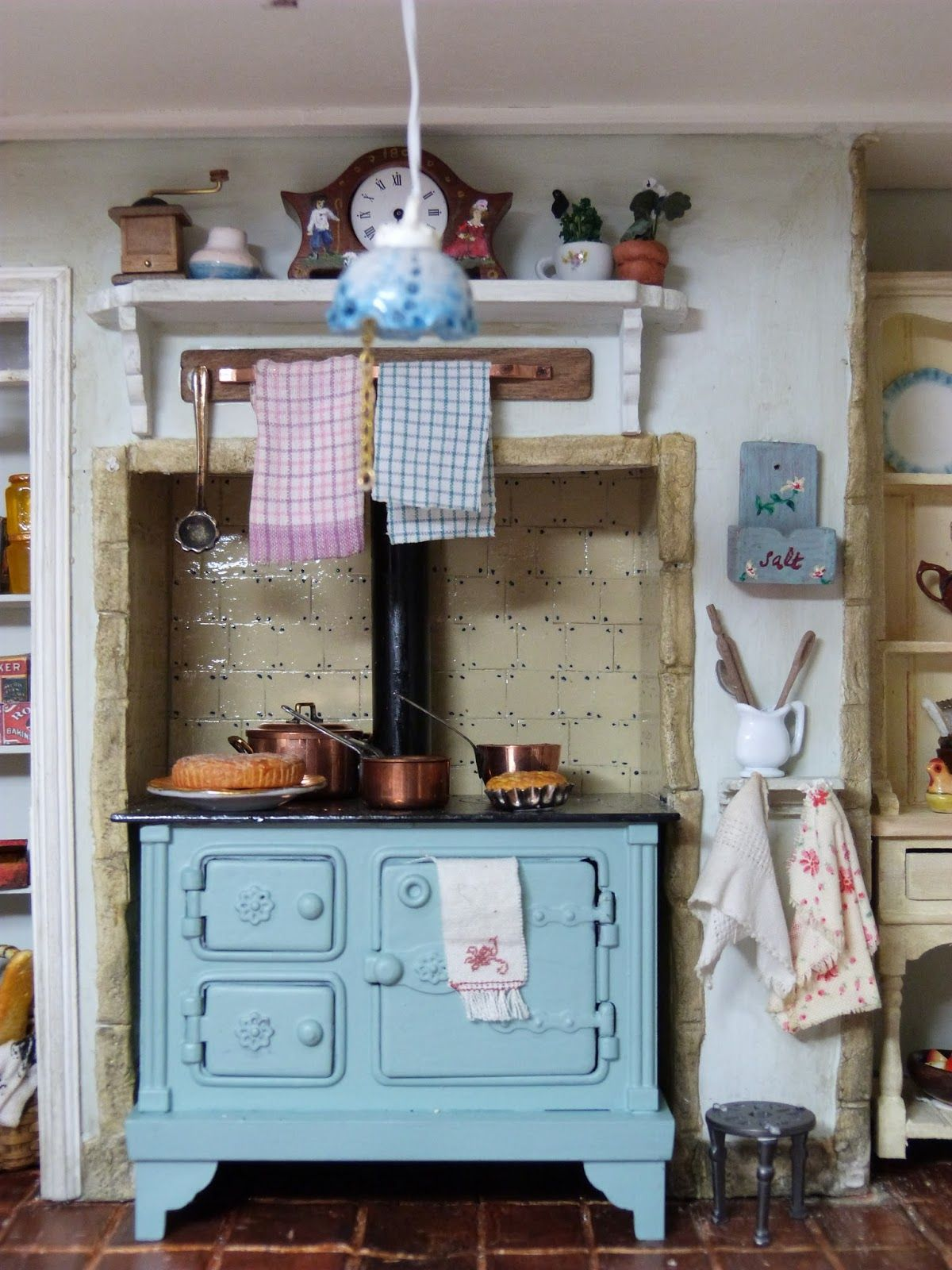 Miniature kitchen | Miniature rooms | Pinterest | Miniature kitchen ...