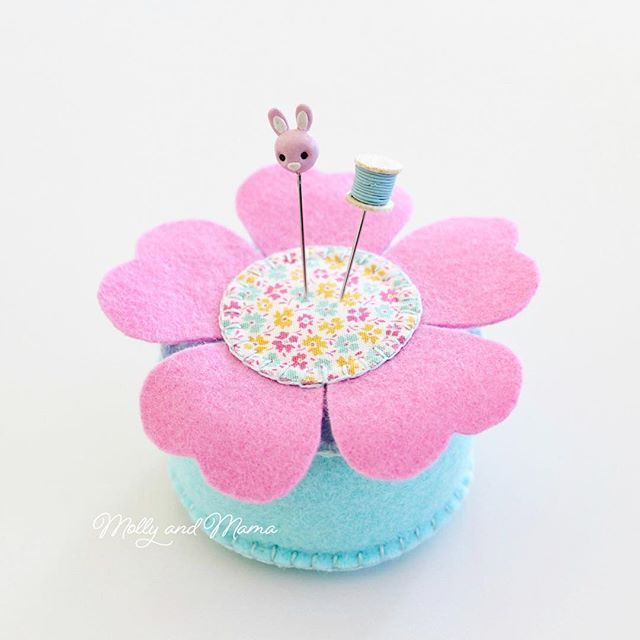 Are you joining me for tomorrows Mystery Makes class at @thequiltersangel in Highfields Qld? If you missed out you can join us on the 11th of April for our next class instead. This is the sweet felt pin cushion we hand stitched during Februarys class. And I cant wait to show you what I have lined up for tomorrow! Think Easter . . #mollyandmama #mysterymakes #feltpincushion #feltflowerpincushion #flowerpincushion #tildafabric #tildalemontree #ilovetilda