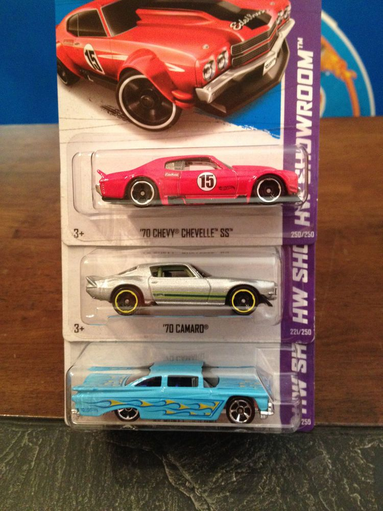 2013 Hot Wheels Toys R Us Exclusives 70 Chevy Chevelle Impala