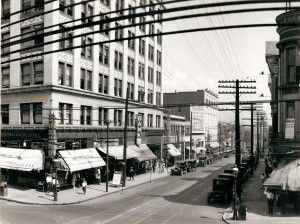 Olive Street east from Grand Avenue. Metropolitan Building, 508 North Grand, at left. (1925) Missouri History Museum