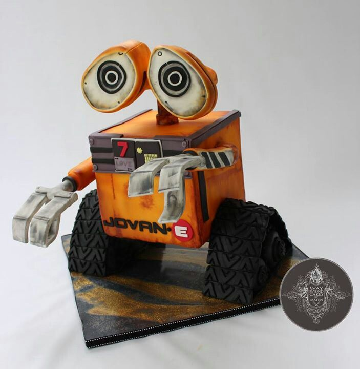 the robot that saved all the fat people in space that is so cute.