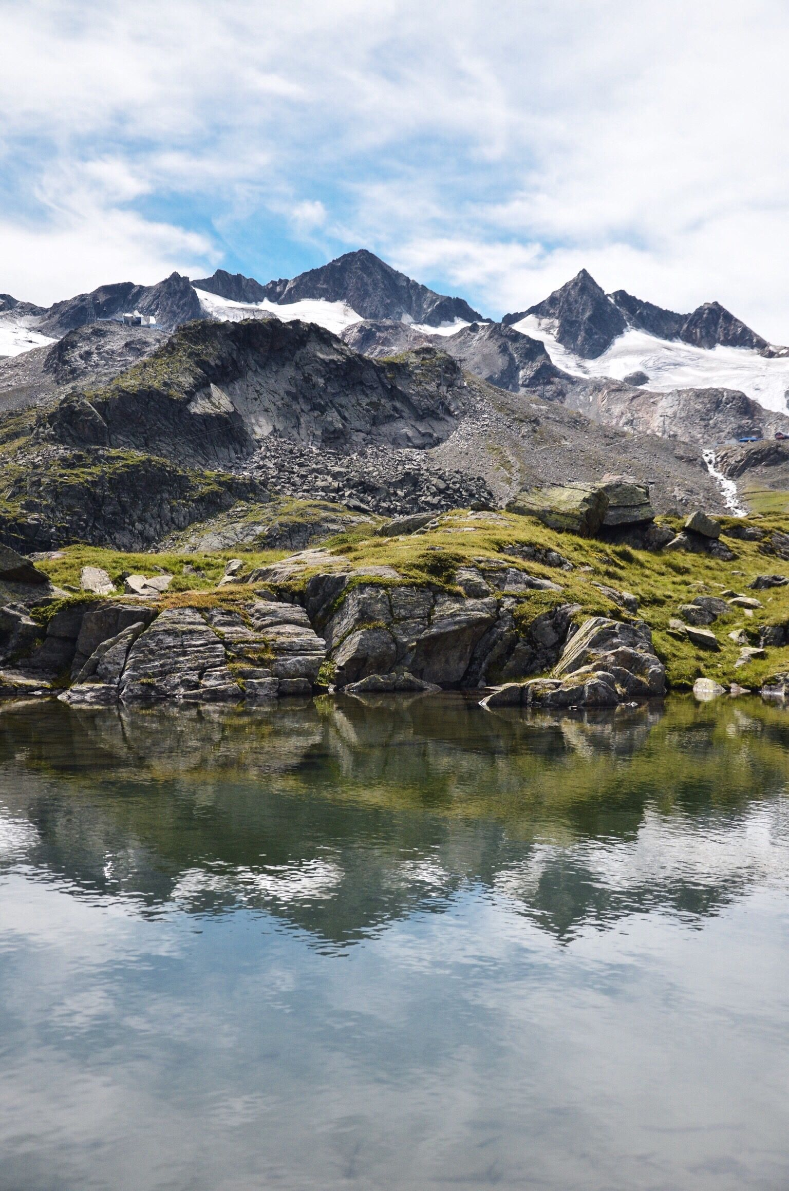 Egesensee Am Stubaier Gletscher Wanderung Ab Dresdner Hutte Zum