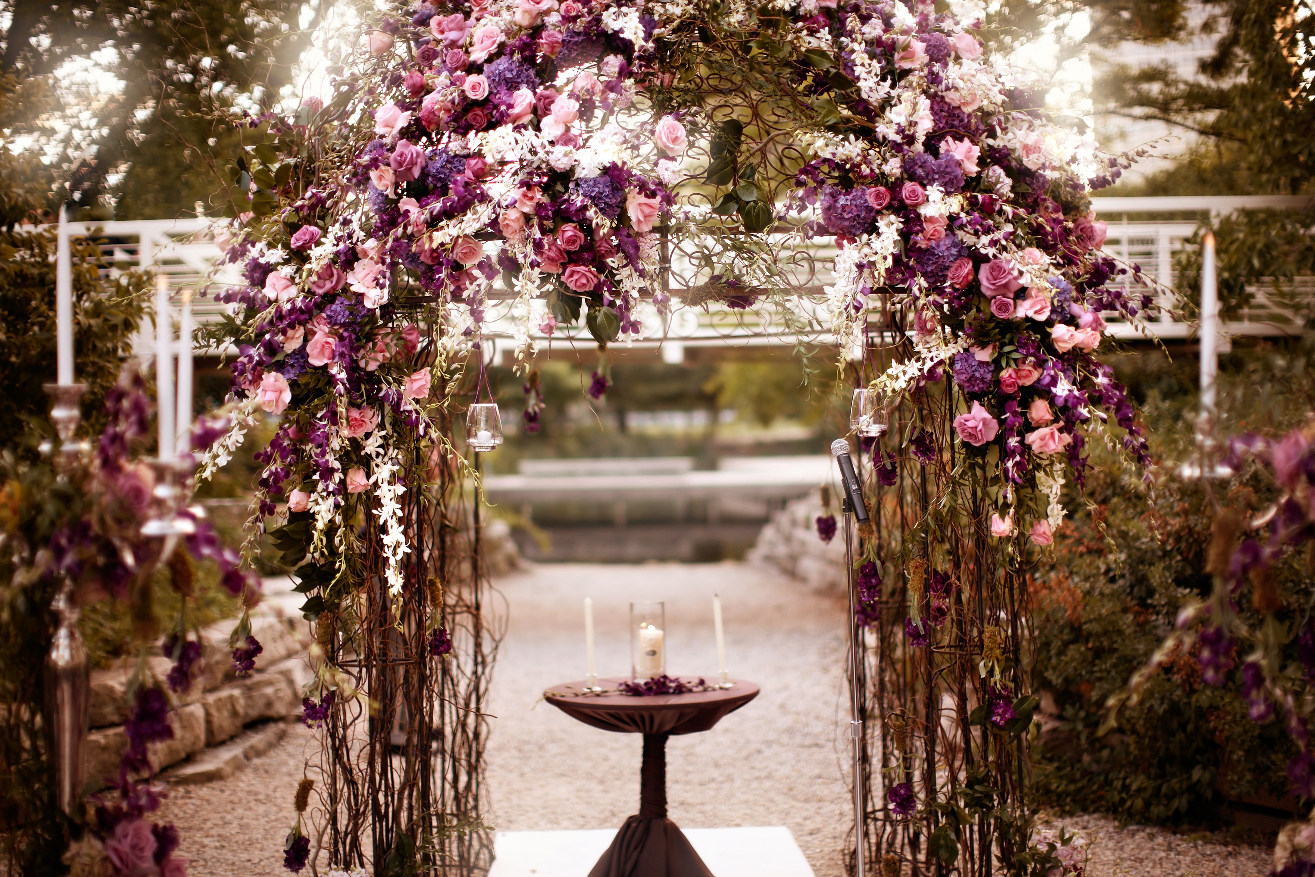Gorgeous Purple Decor Photo By Robert Swiderski Photographers