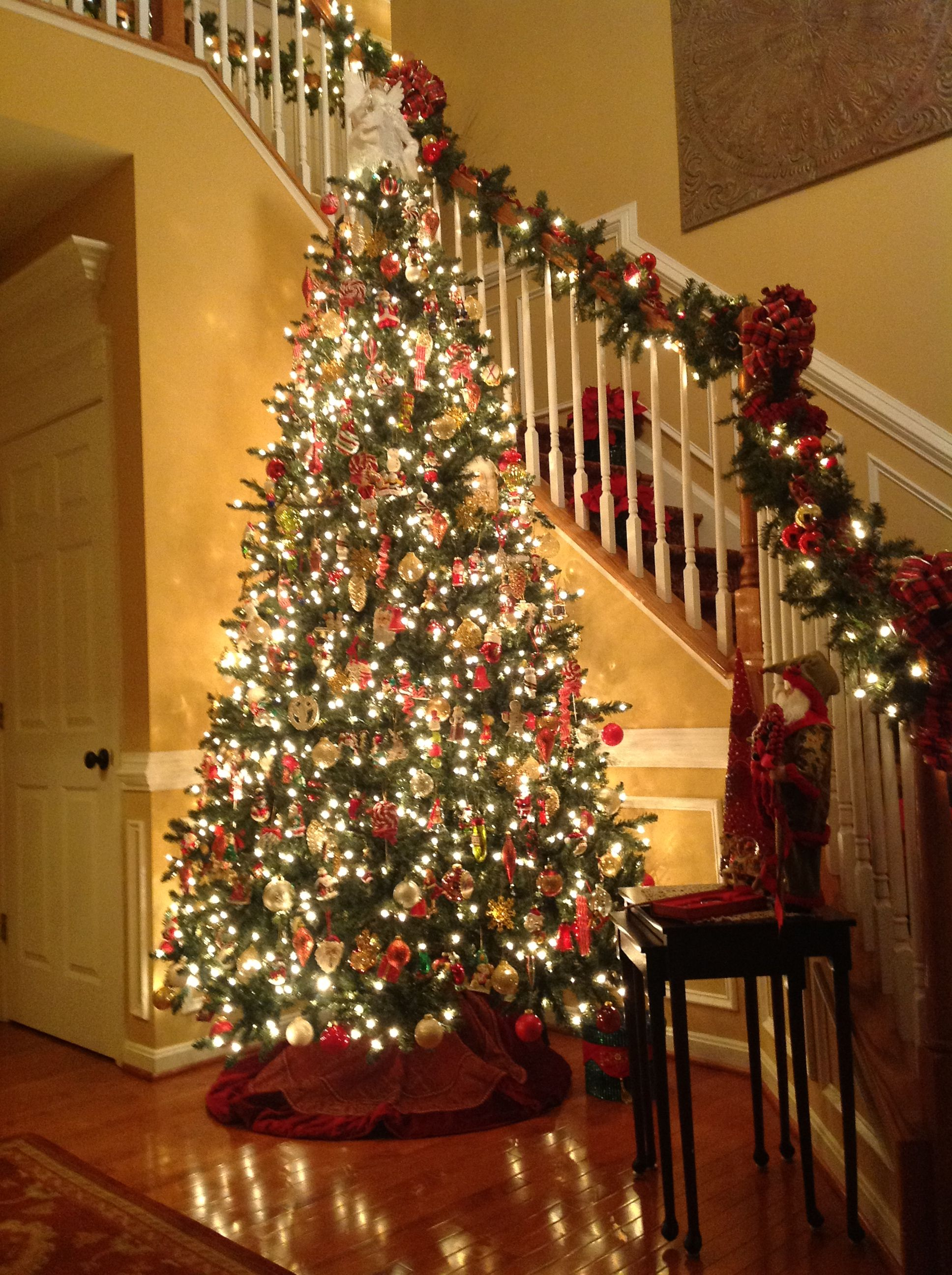 This Christmas Tree Stands 12 Feet Tall In Our Foyer And It Features Old Fashioned Hand Blown Ornaments T Christmas Tree Christmas Foyer 12 Ft Christmas Tree